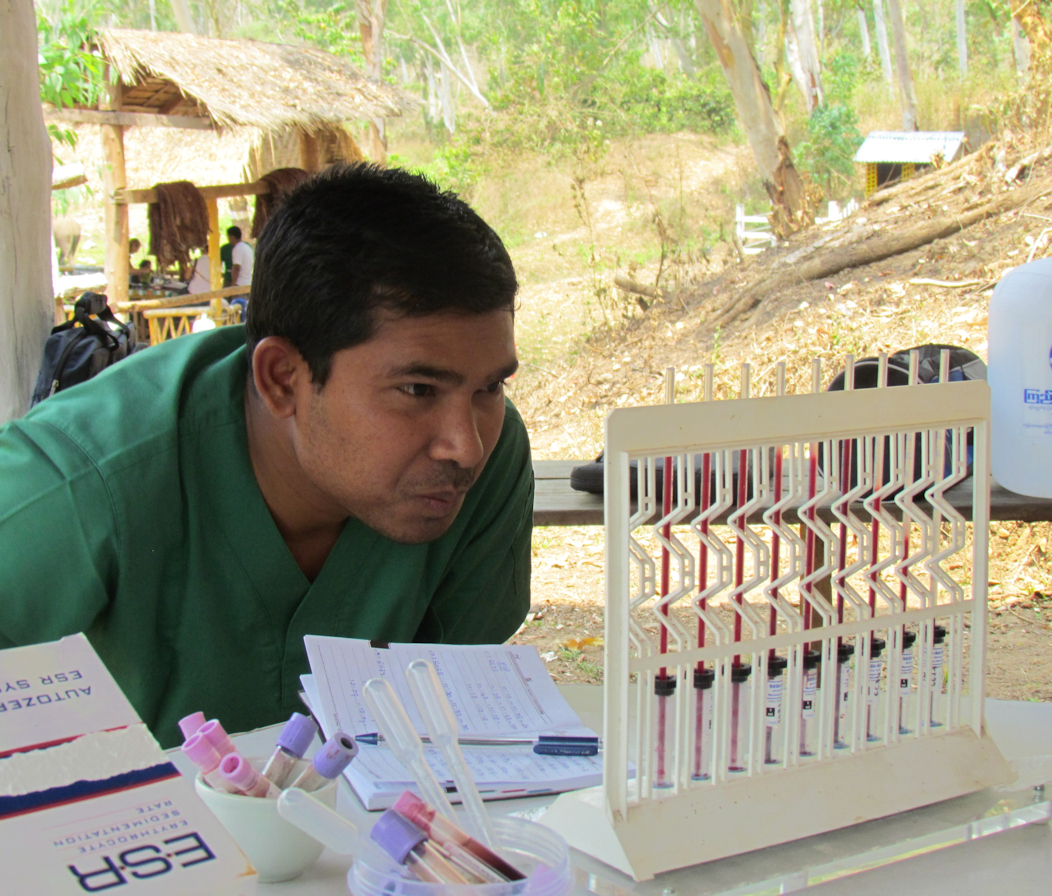 Dr. Htoo Htoo Aung reading the ESR tubes